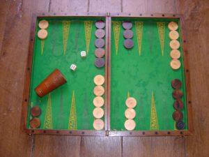 La collection de jeux anciens et les billards